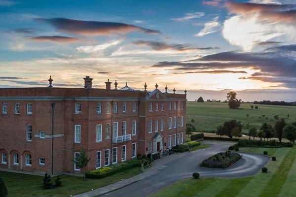 Impressive Façade -©Four Seasons Hotel Hampshire
