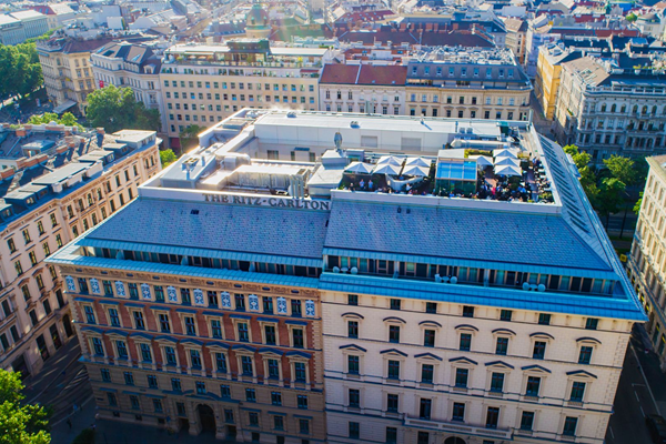 Aerial with Rooftop Bar - ©The Ritz-Carlton, Vienna