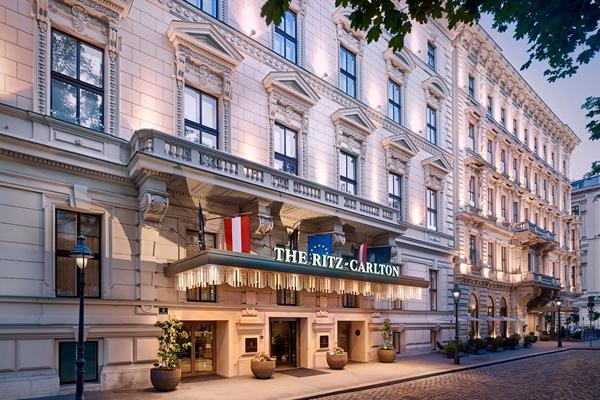 Façade - ©The Ritz-Carlton, Vienna
