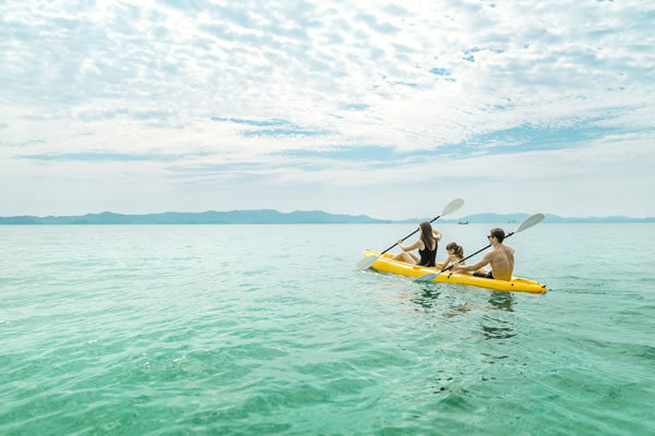 Family Kayak - ©COMO Point Yamu, Phuket