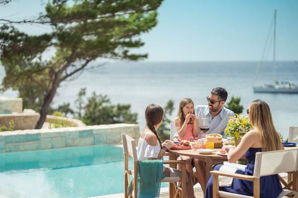 Family Fun Offer - ©Four Seasons Astir Palace Hotel Athens