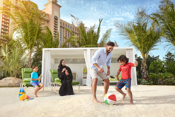 Family at Private Cabana - ©Atlantis The Palm Dubai