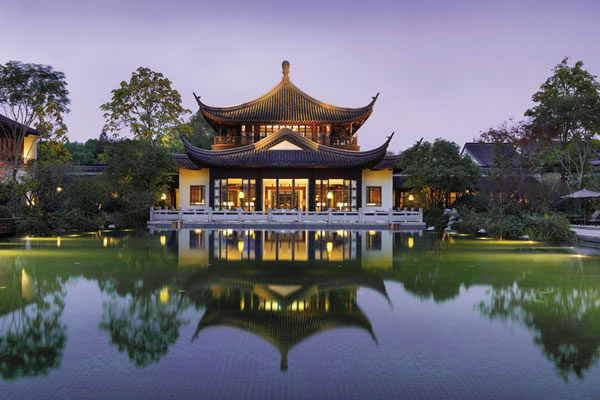 ©Four Seasons Hotel Hangzhou at West Lake / Ken Seet