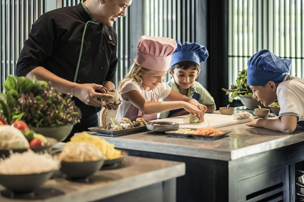 Cooking Academy for Kids - ©Four Seasons Resort Hoi An (The Nam Hai) - Ken Seet