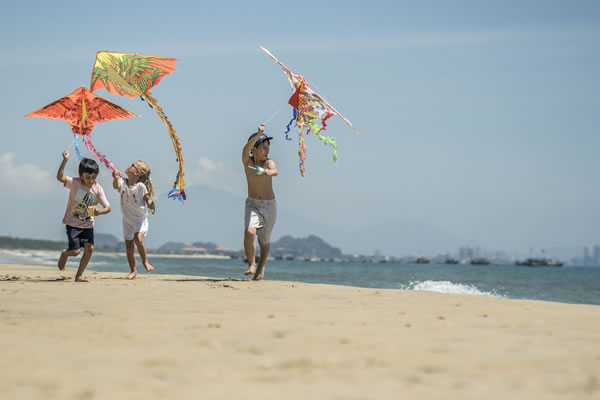 Kite Flying - ©Four Seasons Resort Hoi An (The Nam Hai) - Ken Seet