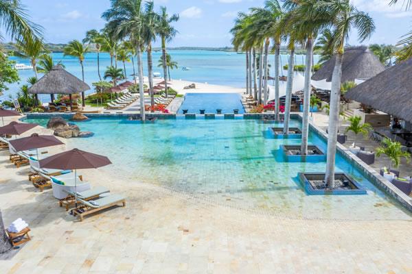 Pool -©Four Seasons Resort Mauritius at Anahita