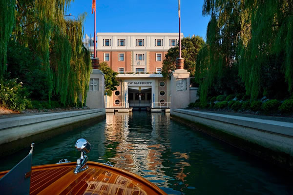 Boat Entrance ©JW Marriott Venice Resort & Spa