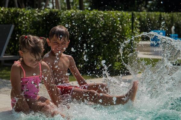 Splash Time in the Pool ©JW Marriott Venice Resort & Spa