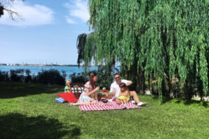 Family Picnic ©JW Marriott Venice Resort & Spa