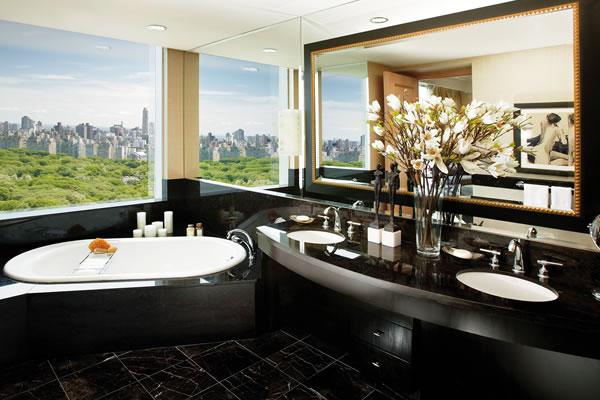 Oriental Suite Bathroom - ©Mandarin Oriental, New York