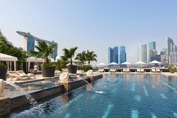 Swimming Pool - ©Mandarin Oriental, Singapore