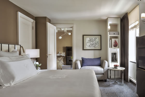 Superior Suite Bedroom - ©The Carlyle, A Rosewood Hotel