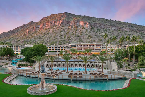 Aerial view with Pool - ©The Phoenician, A Luxury Collection Resort, Scottsdale