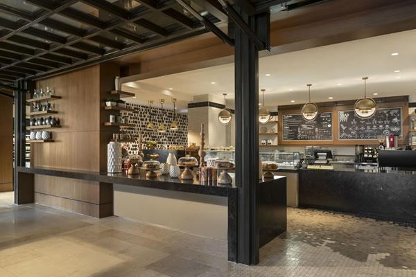 First Drop® - ©The Ritz-Carlton Orlando, Grande Lakes
