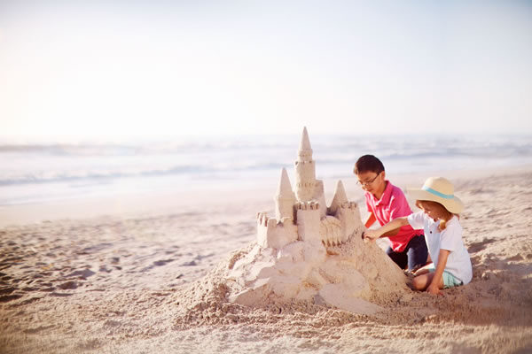 Sandcastle at the Beach - ©The Ritz-Carlton Ras Al Khaimah, Al Hamra Beach