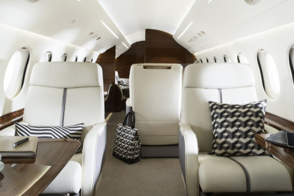 Private Jet Experience - ©PJS, Private Jet Services / pjsgroup.com
