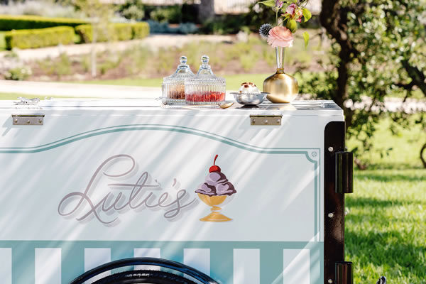 Lutie's Ice Cream Cart - ©Commodore Perry Estate, Auberge Resorts Collection