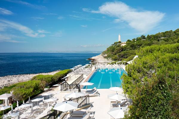 Club Dauphin Pool - ©Grand-Hôtel du Cap-Ferrat, A Four Seasons Hotel