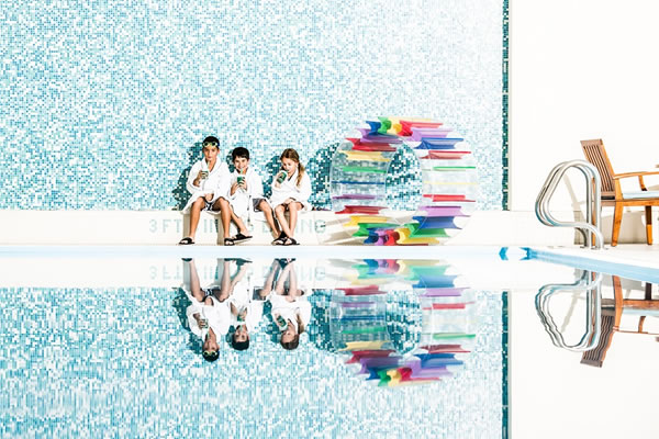 Kids at the Pool - ©The Peninsula Chicago