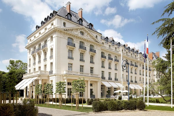 Exterior -©Waldorf Astoria Trianon Palace, Versailles