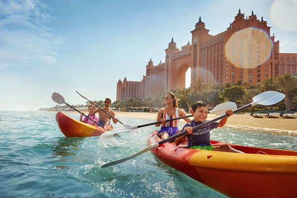 Family Kayak - ©Atlantis The Palm Dubai