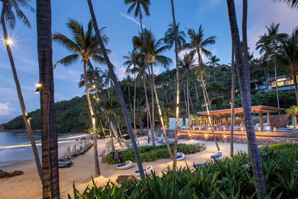 CoCoRum Bar and Restaurant - ©Four Seasons Resort Koh Samui