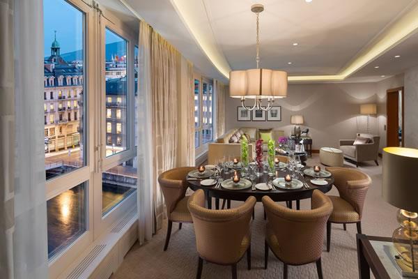 Deluxe Suite Living Room -©Mandarin Oriental, Geneva