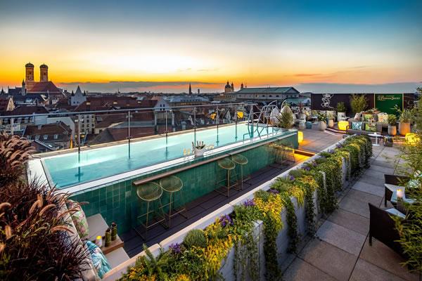 Pool Lounge - ©Mandarin Oriental, Munich