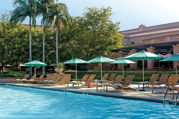 Swimming Pool at The Langham Huntington, Pasadena - ©Langham Hotels & Resorts
