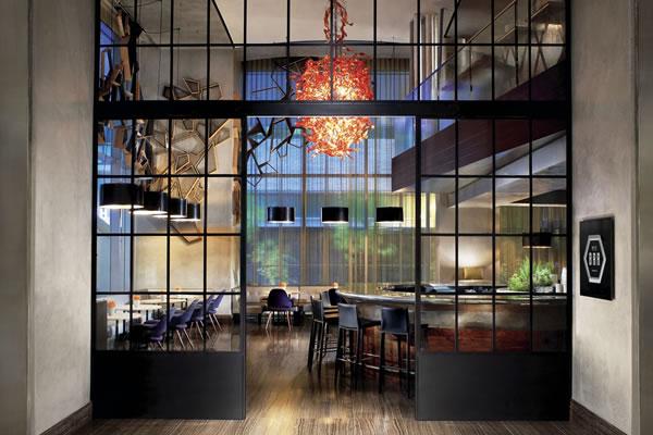 Ritz Bar - ©The Ritz-Carlton, Toronto
