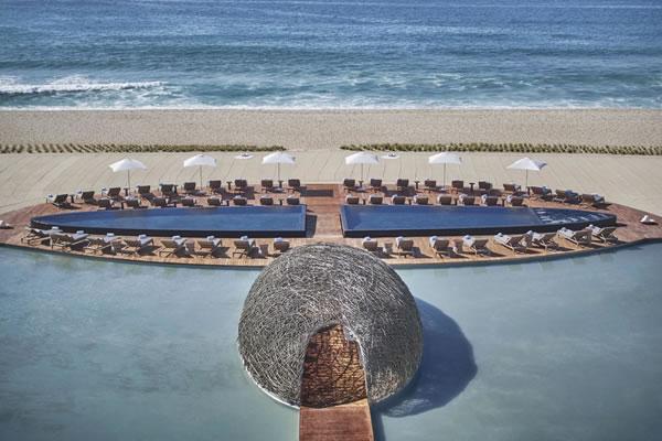 Nidito Beach + Poolside Bar - ©Viceroy Los Cabos