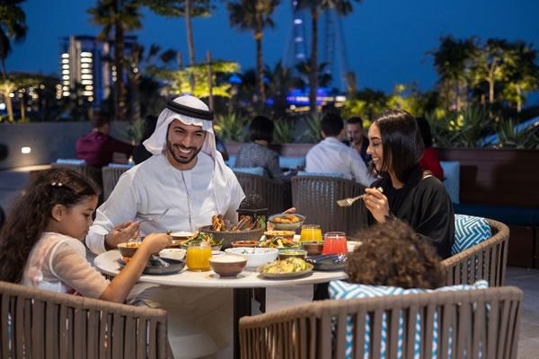 Family Dinner Time -©Address Beach Resort, Dubai