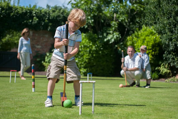 Croquet Playtime - ©Four Seasons Hotel Hampshire