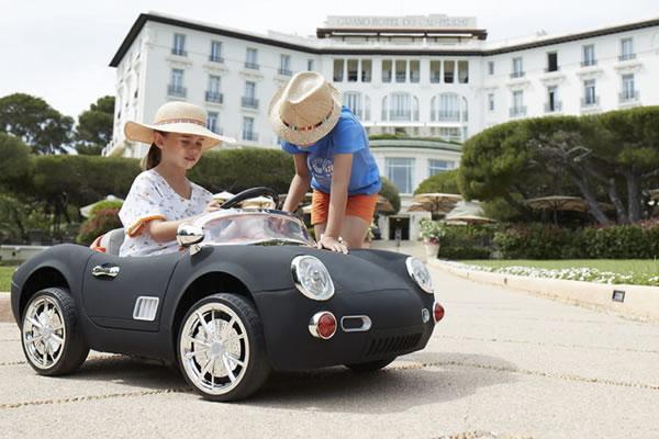 Luxury Car Ride - ©Grand-Hôtel du Cap-Ferrat, A Four Seasons Hotel