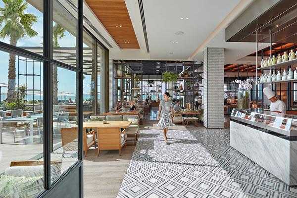 The Bay, Beachside Brasserie - ©Mandarin Oriental Jumeira, Dubai