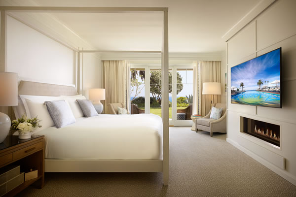 Bungalow Suite with Horizon View -©Montage Laguna Beach