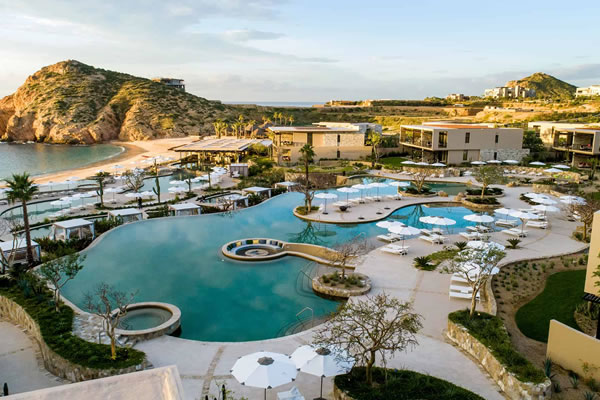 Aerial View of Pools and Bay ©Montage Los Cabos