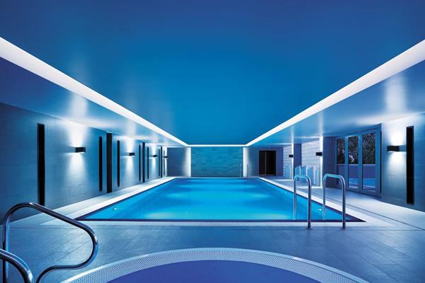 Indoor Pool - ©Shangri-La Hotel, Sydney
