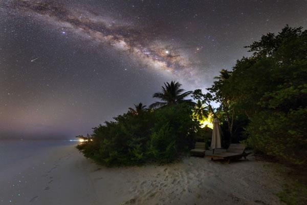 Astronomical Dinner Cruise Night Sky ©Soneva Fushi