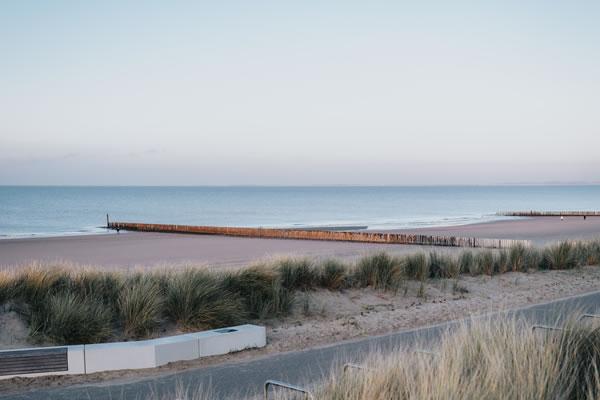 Beach Walk - ©Strandhotel Cadzand-Bad