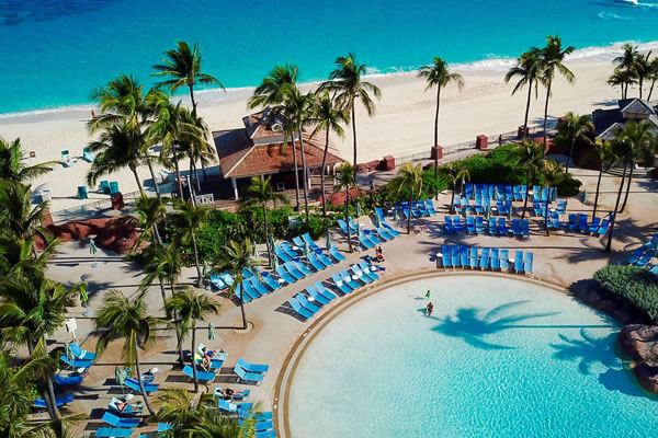 Aerial of one of the Pools ©Atlantis Bahamas