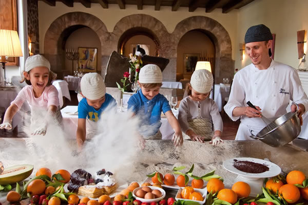 Kids Cooking Class ©La Residencia, A Belmond Hotel, Mallorca