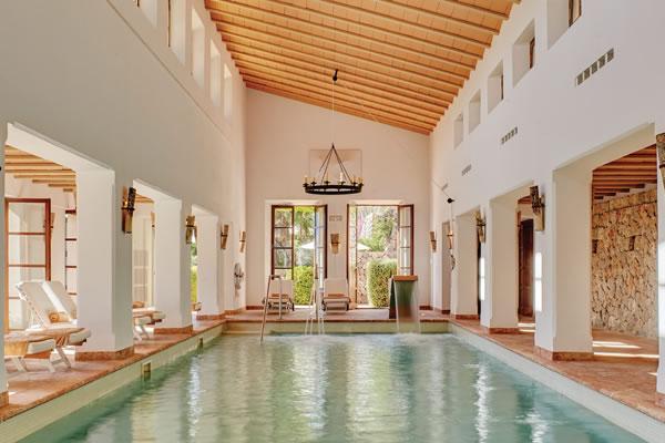 Indoor Spa Pool ©La Residencia, A Belmond Hotel, Mallorca