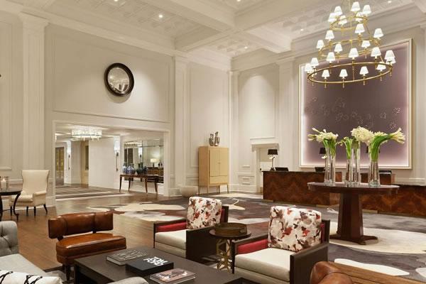 Lobby ©Claremont Club & Spa, A Fairmont Hotel