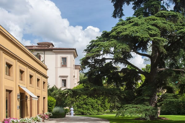 Outdoors ©Four Seasons Hotel Firenze