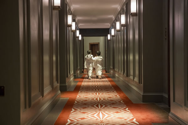 Kids in the Hallway ©Four Seasons Hotel London at Ten Trinity Square