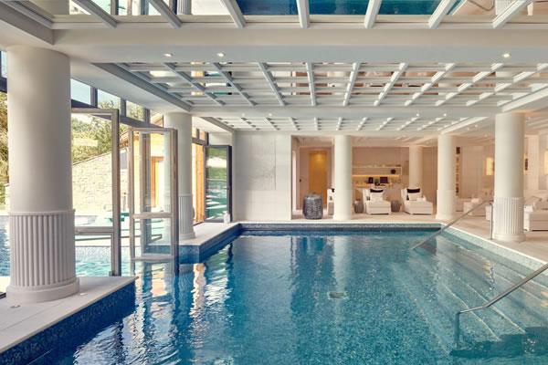 Indoor Pool ©Four Seasons Hotel Megève