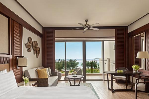 Horizon Seaview Room ©Shangri-La's Sanya Resort and Spa Hainan