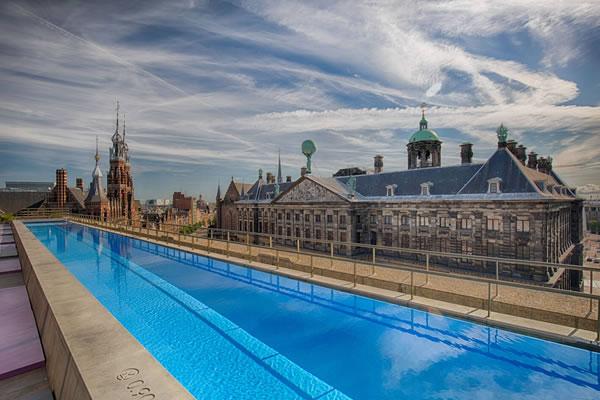 WET® Rooftop Pool ©W Amsterdam