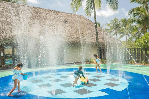 Water Fun ©Four Seasons Resort Bora Bora